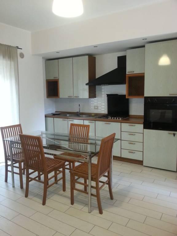 Appartamento in villa di circa 65 mq arredato 0957928209