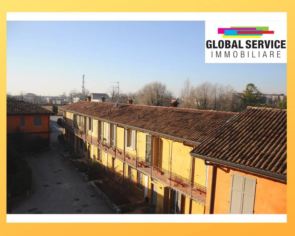 Appartamento in ottime condizioni parzialmente arredato in affitto Rif. 9307081