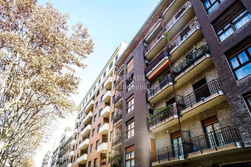 Appartamento in Vendita a Milano 03 Venezia / Piave / Buenos Aires: 3 locali, 130 mq