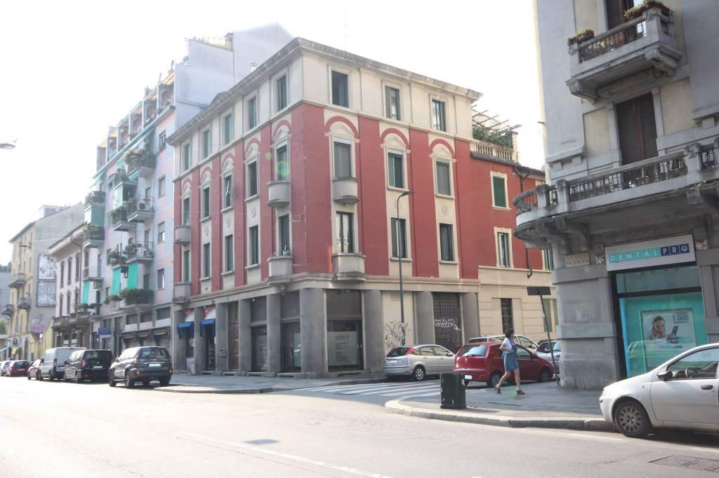 Appartamento in buone condizioni in vendita Rif. 9303211