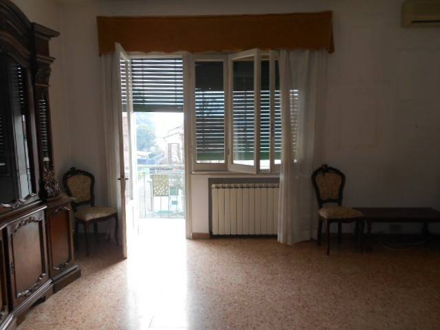 Appartamento 5 locali in vendita a Adria (RO)