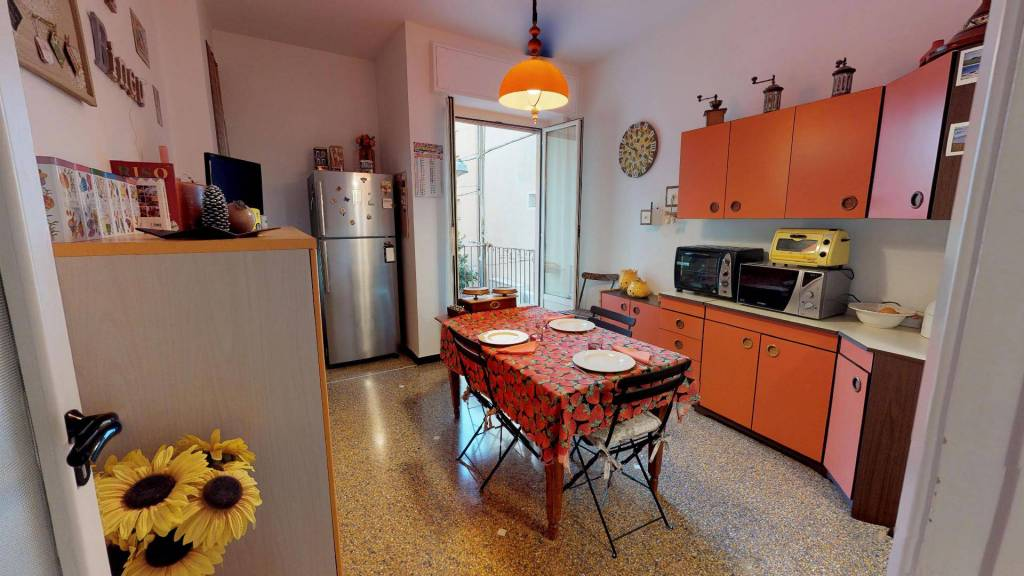 Appartamento in buone condizioni in vendita Rif. 9309140