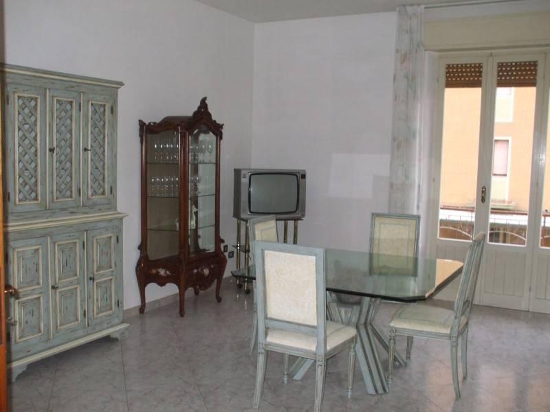 Appartamento in ottime condizioni arredato in affitto Rif. 9302630