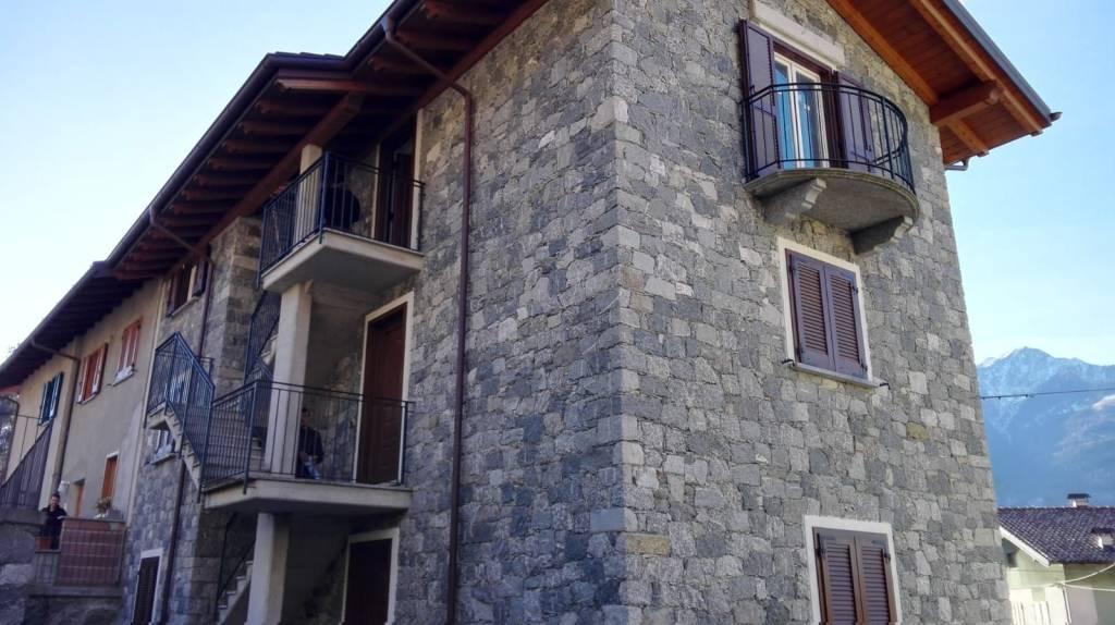 Appartamento in ottime condizioni parzialmente arredato in affitto Rif. 9309408