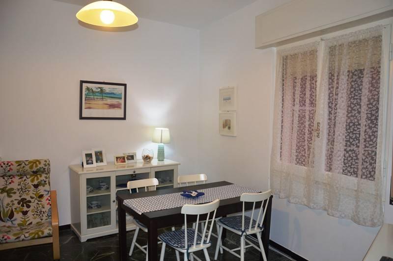 Appartamento in buone condizioni parzialmente arredato in vendita Rif. 9285927