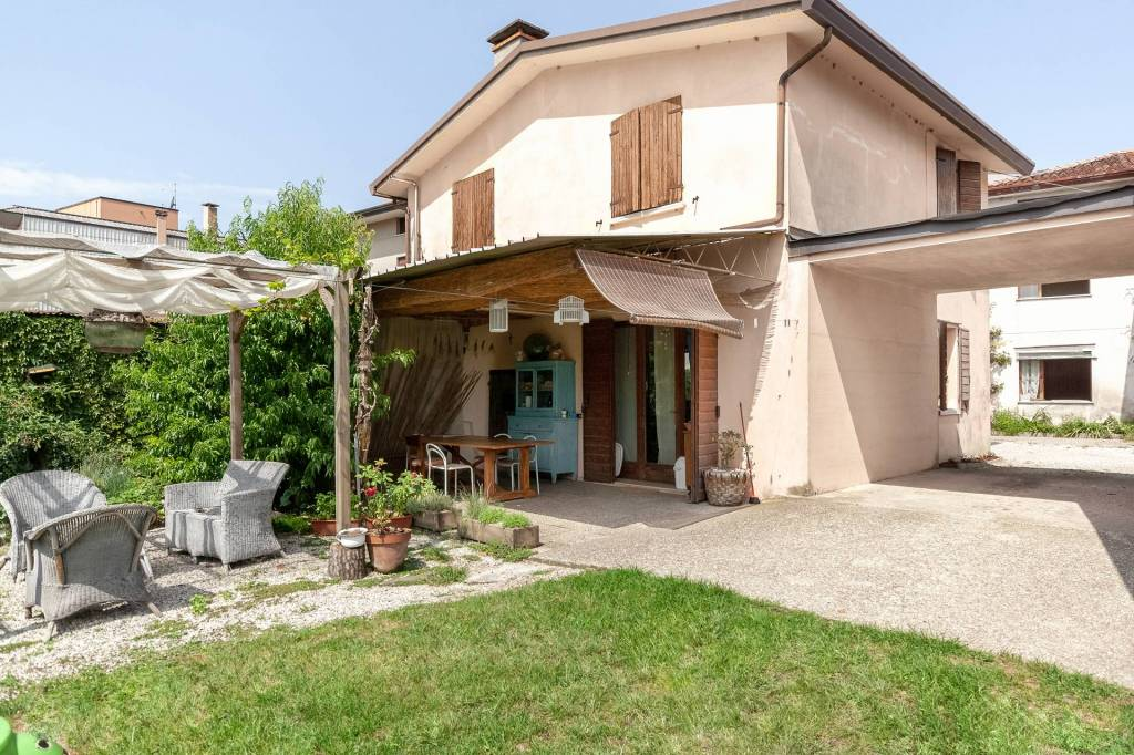 Villa in vendita Rif. 7809487