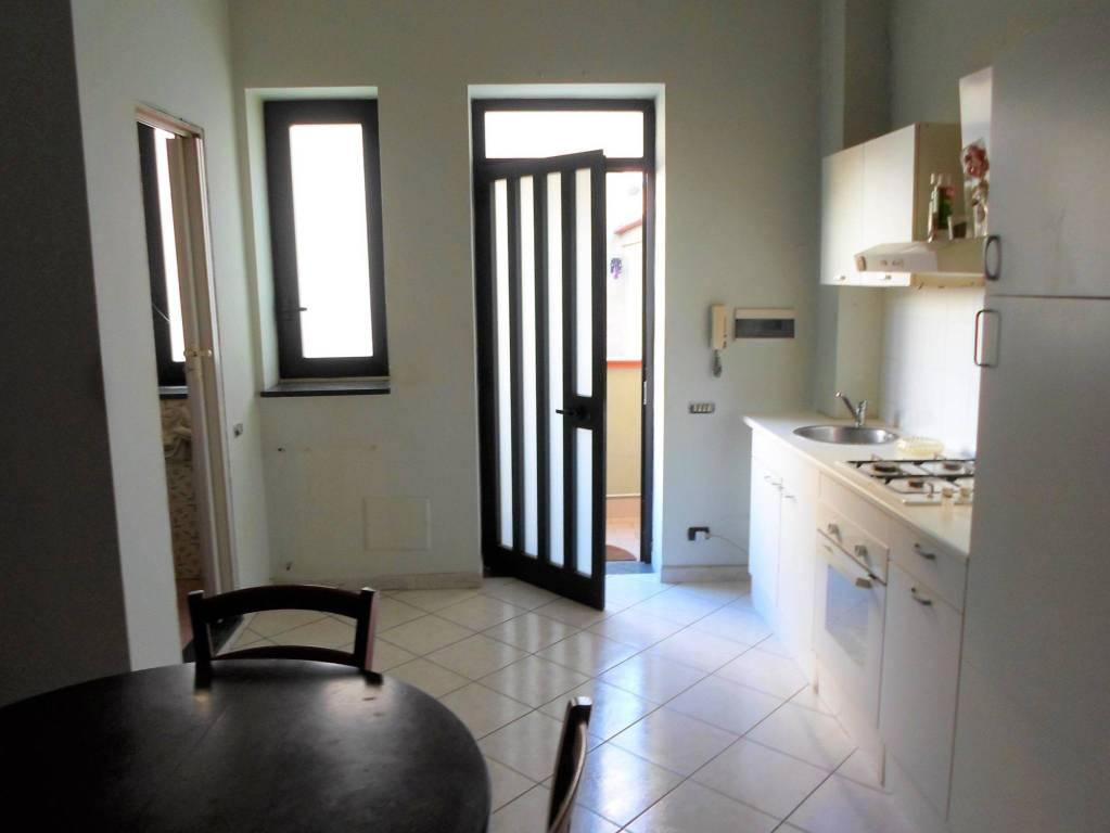Appartamento in ottime condizioni arredato in affitto Rif. 9302418