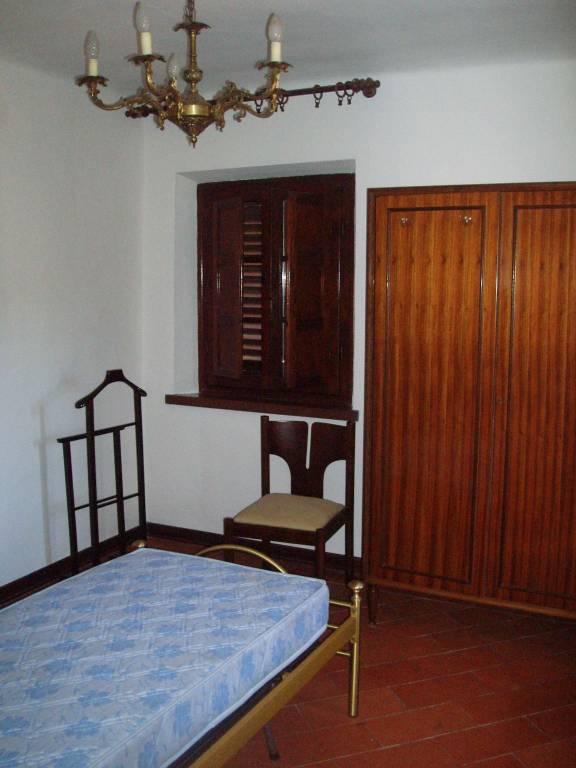 Appartamento in buone condizioni arredato in affitto Rif. 9305855