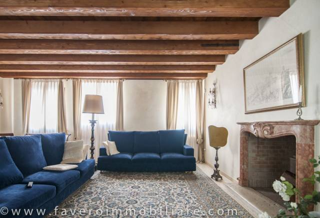 Villa 6 locali in vendita a Dolo (VE)