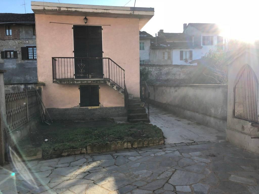Villa in ottime condizioni in vendita Rif. 9317417