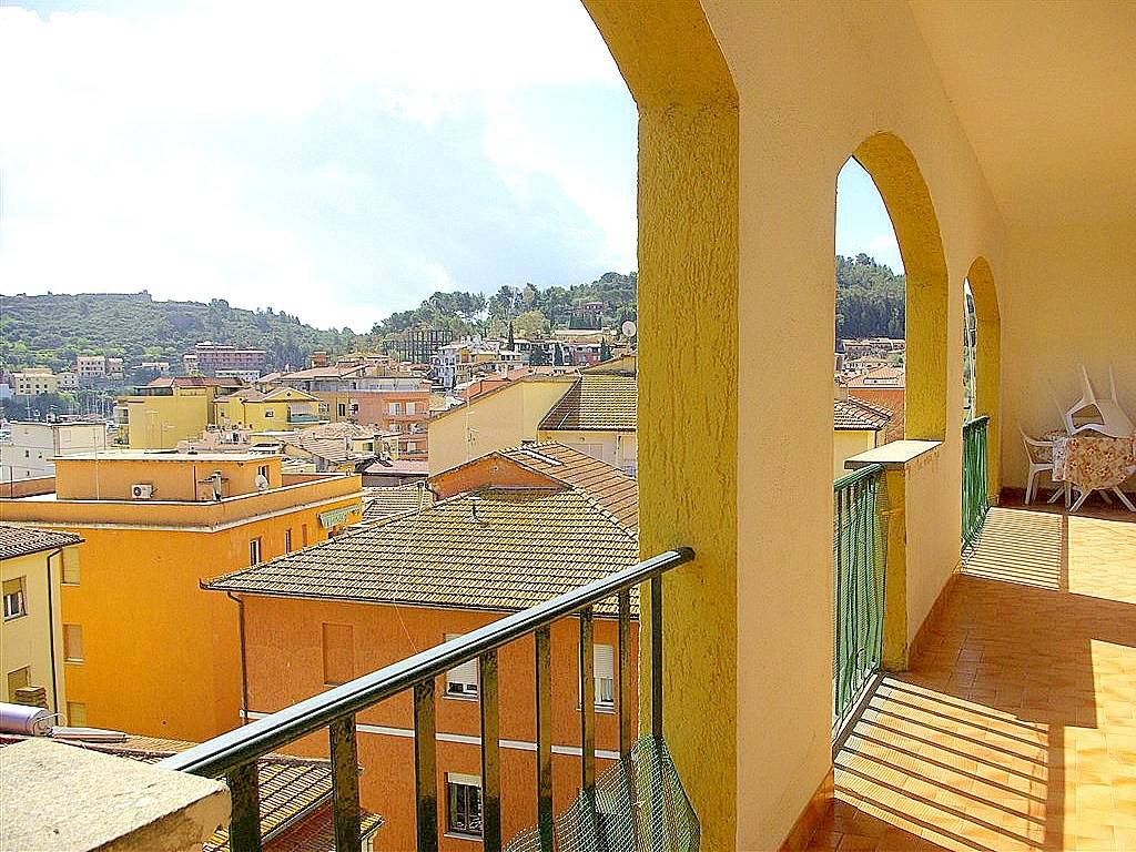 Appartamento in buone condizioni in vendita Rif. 8846682