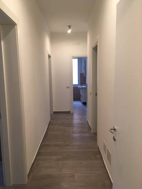Appartamento in ottime condizioni arredato in vendita Rif. 8229343