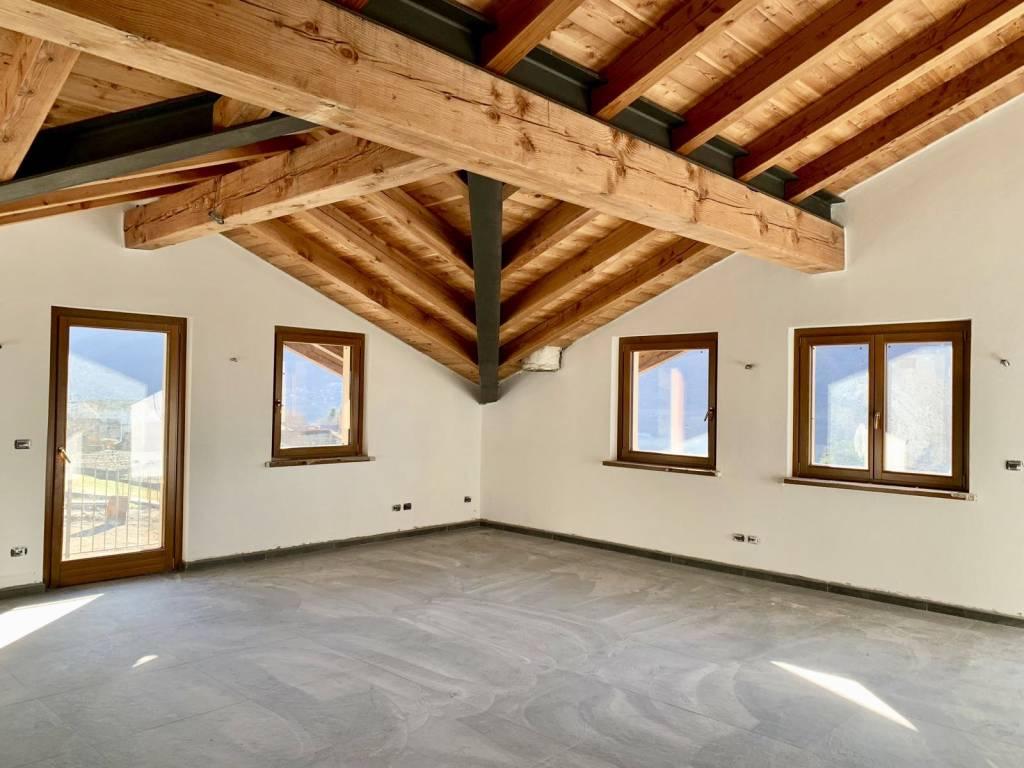 Villa in vendita Rif. 9333952