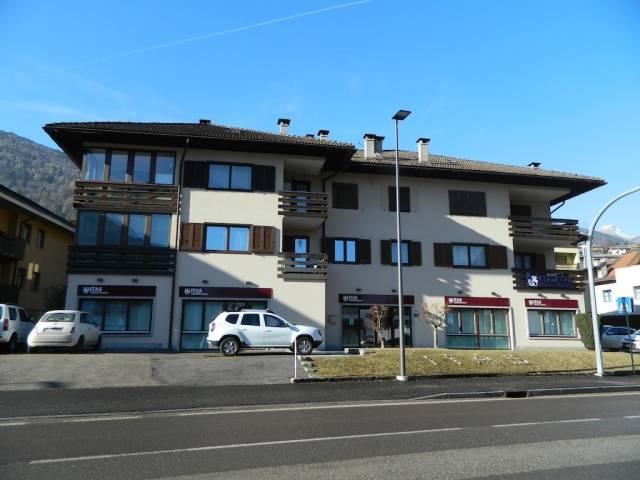 Appartamento in ottime condizioni arredato in vendita Rif. 4366276