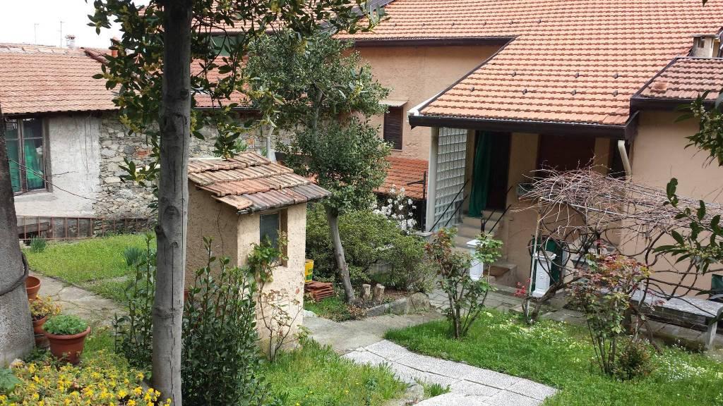 Rustico / Casale in buone condizioni in vendita Rif. 9332427
