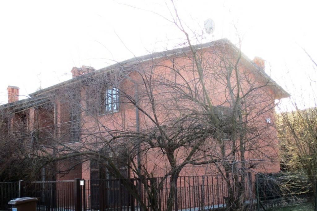 Villa in vendita a Borgarello, 6 locali, prezzo € 310.000 | CambioCasa.it