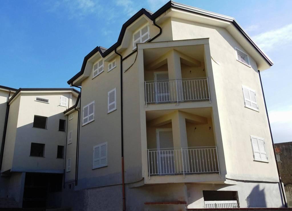 Appartamento in vendita Rif. 9332967