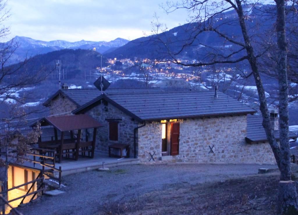 Foto 1 di Rustico / Casale via Montesale 96, Sestola