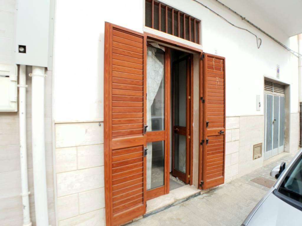 Appartamento da ristrutturare in vendita Rif. 9160868