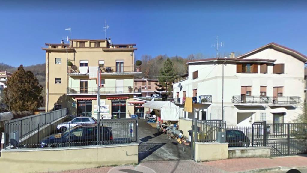 Negozio bilocale in vendita a Carsoli (AQ)