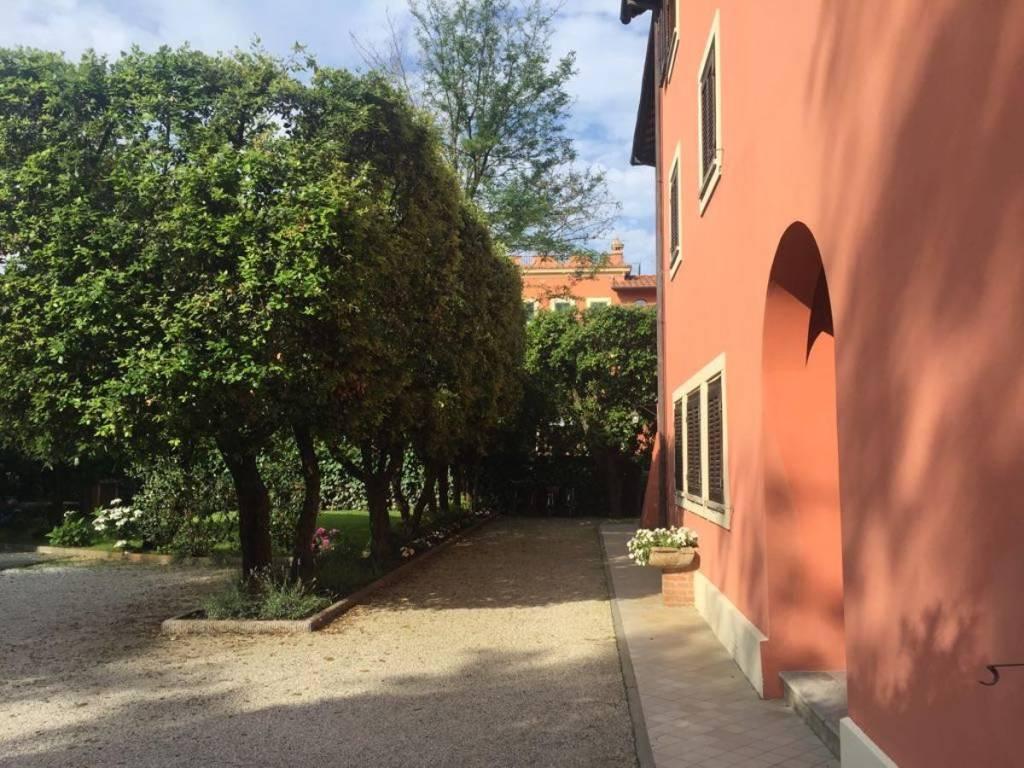 Appartamento in ottime condizioni arredato in vendita Rif. 9337164