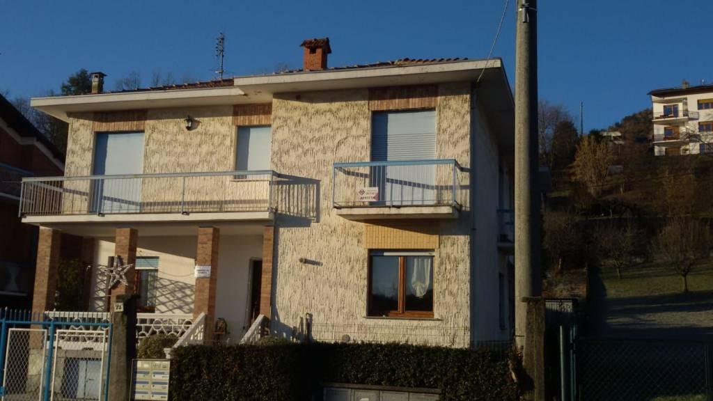 Appartamento in buone condizioni arredato in affitto Rif. 9335235