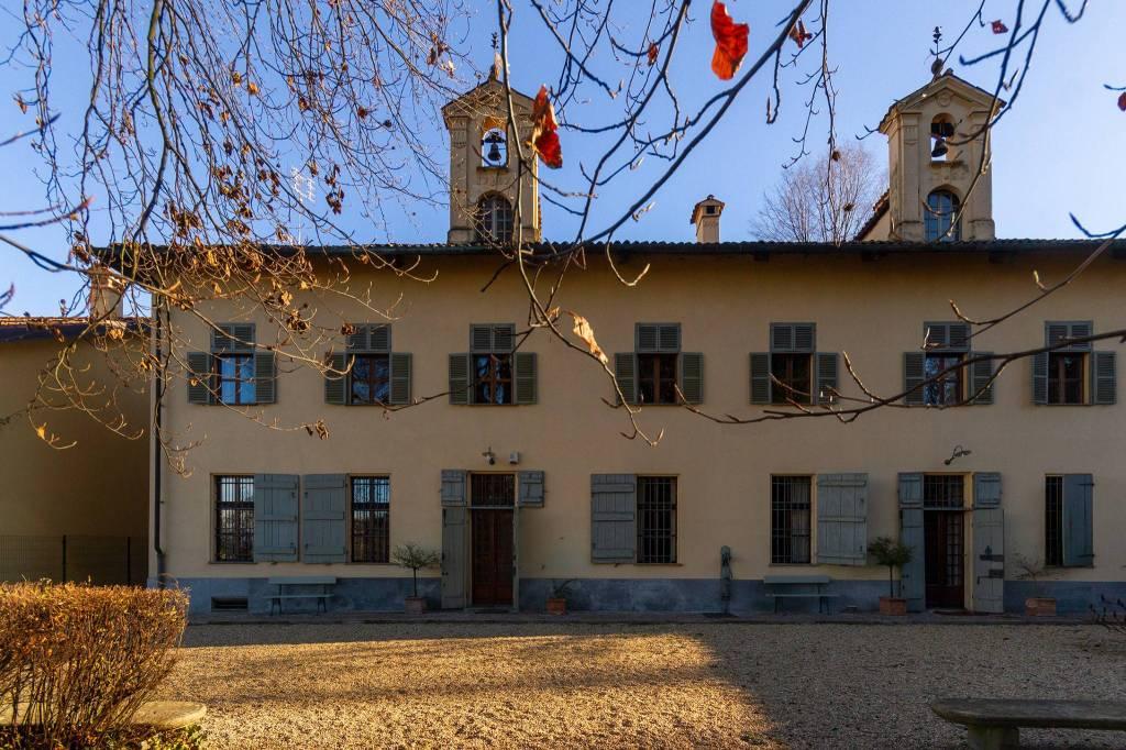 Villa in buone condizioni in vendita Rif. 9335950
