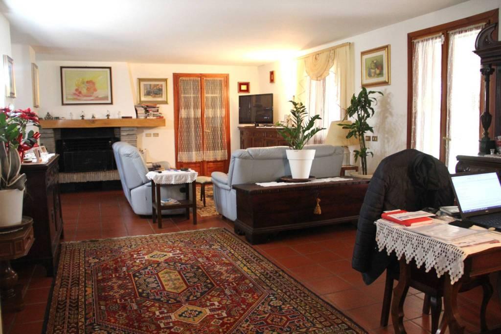 Villa in Vendita a Savignano Sul Rubicone Periferia: 5 locali, 425 mq