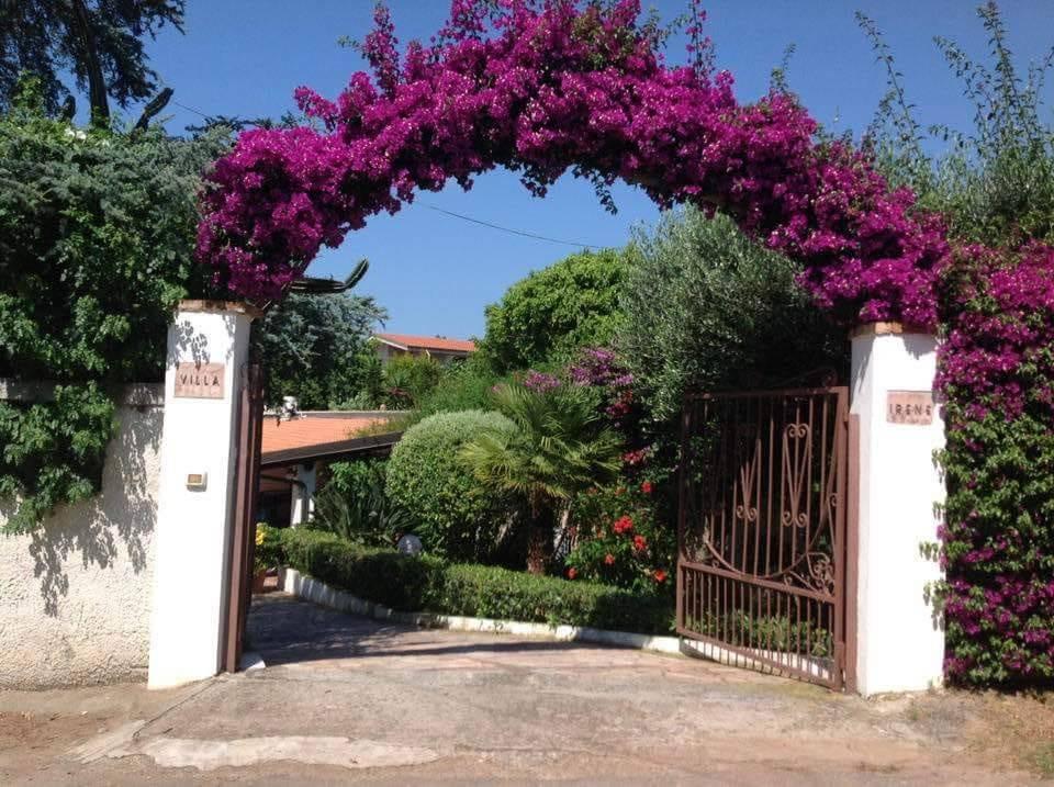 Villa in buone condizioni in vendita Rif. 9333343