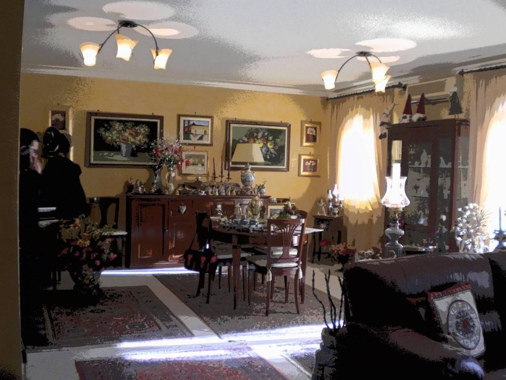 Appartamento in ottime condizioni in vendita Rif. 9334017
