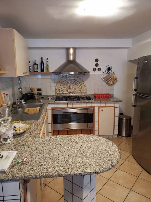Casa indipendente quadrilocale in vendita a Assisi (PG)-2