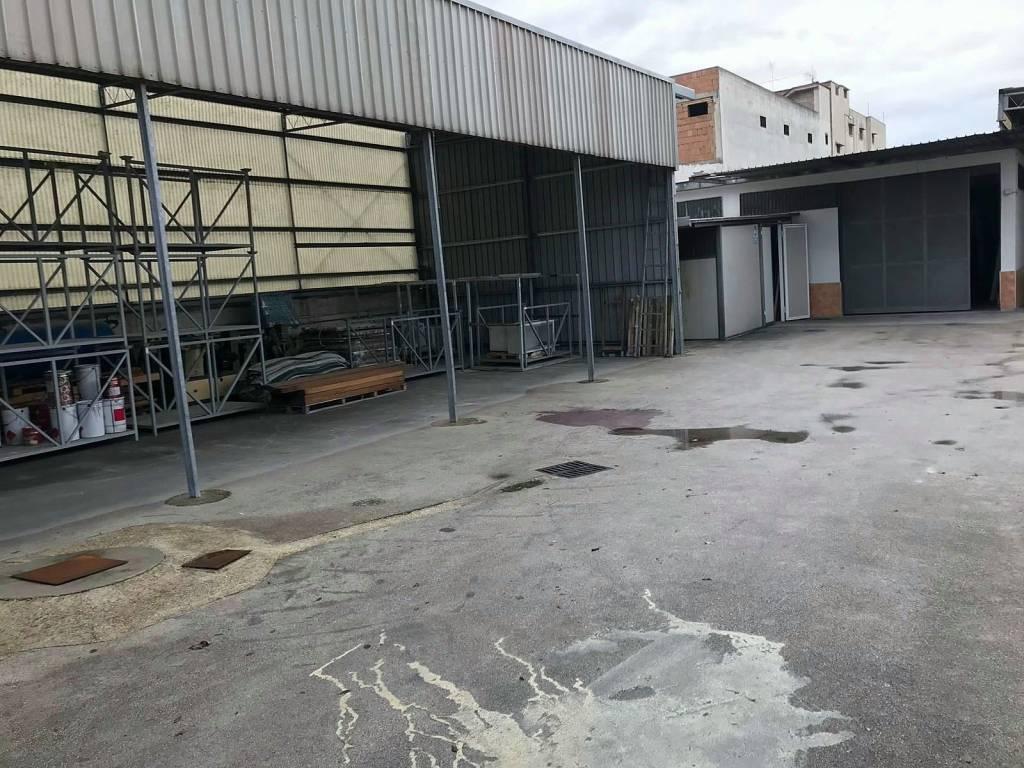 Magazzino - capannone in vendita Rif. 9343545