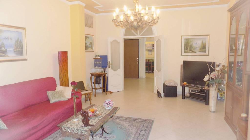 Appartamento in ottime condizioni in vendita Rif. 9345938
