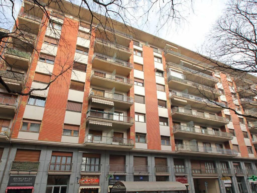 Appartamento in ottime condizioni in affitto Rif. 9350906