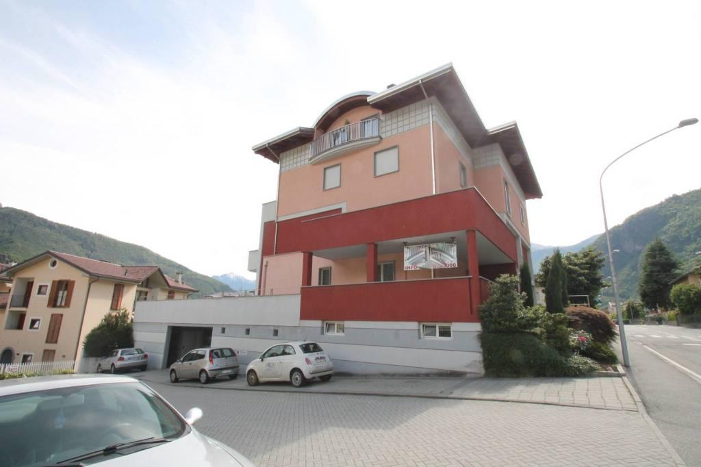 Appartamento quadrilocale in vendita a Chiavenna (SO)
