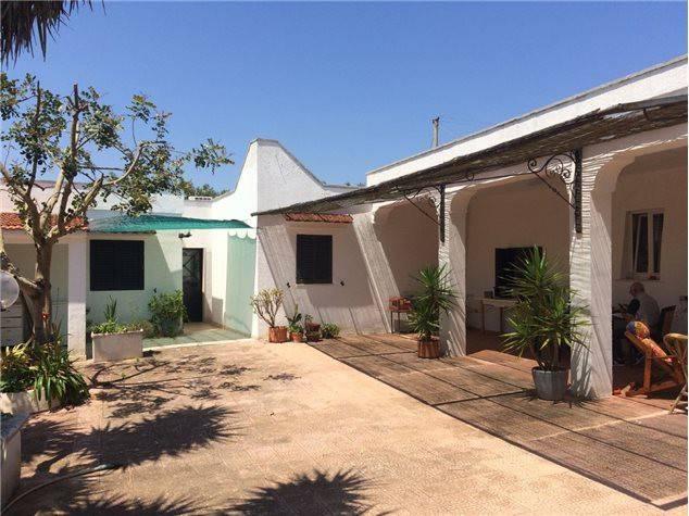 Villa in buone condizioni arredato in vendita Rif. 9343710