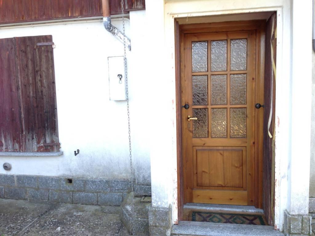 Casa Indipendente in buone condizioni parzialmente arredato in vendita Rif. 9344846