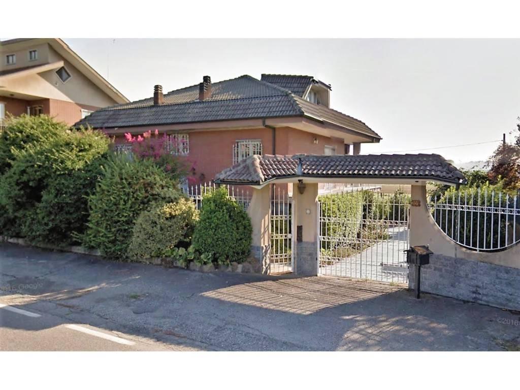 Villa in buone condizioni in vendita Rif. 9377094