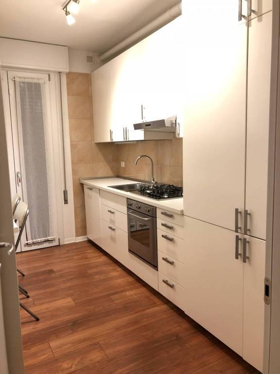 Appartamento in ottime condizioni arredato in affitto Rif. 9345177