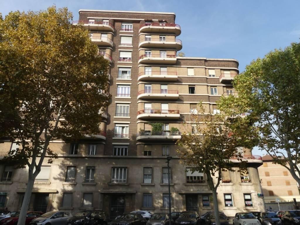 Appartamento in ottime condizioni in affitto Rif. 9350909