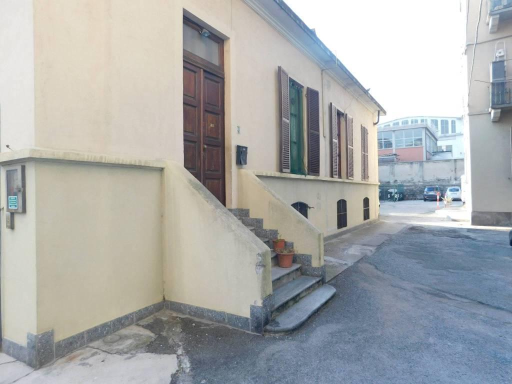 Villa in buone condizioni in vendita Rif. 9349079