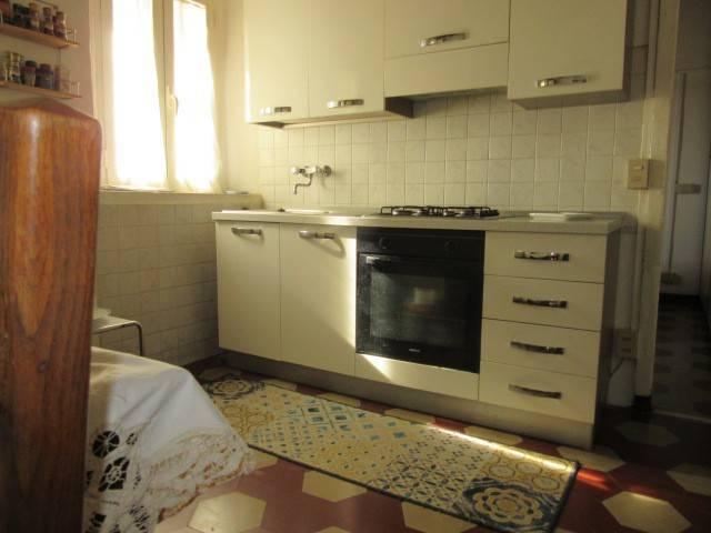 Appartamento in buone condizioni parzialmente arredato in affitto Rif. 9347520