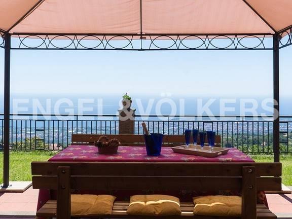 Villa in buone condizioni in vendita Rif. 9349555