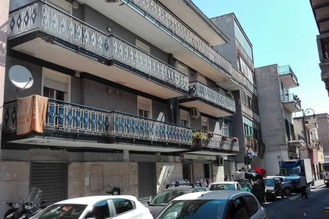 Trilocale con terrazzo di copertura,Via Giovanni della Rocca