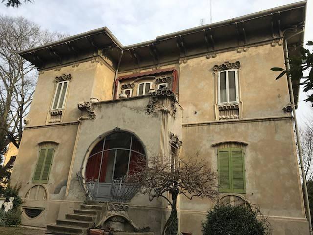Villa-Villetta Villa in Vendita a Ferrara