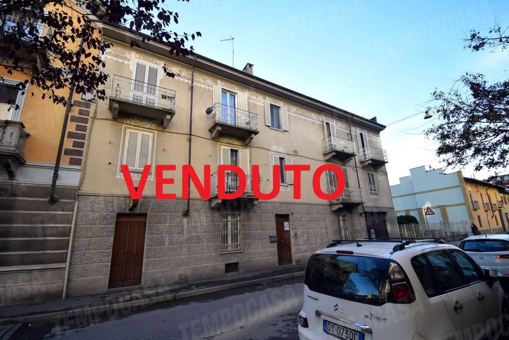 Appartamento in buone condizioni in vendita Rif. 8914694