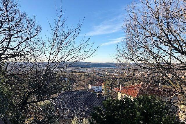 Villa in vendita a Proserpio, 5 locali, prezzo € 265.000 | PortaleAgenzieImmobiliari.it