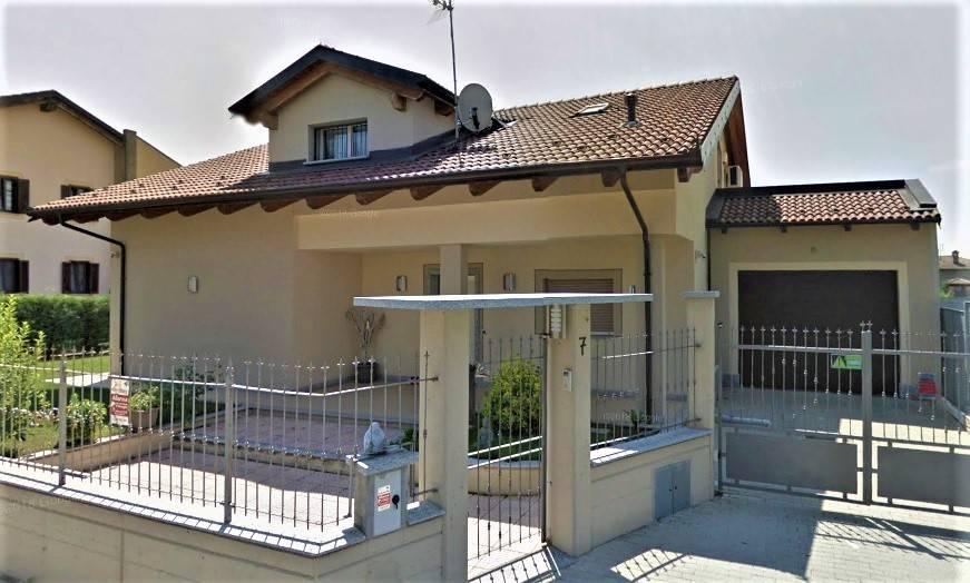 Villa in ottime condizioni in vendita Rif. 9432324