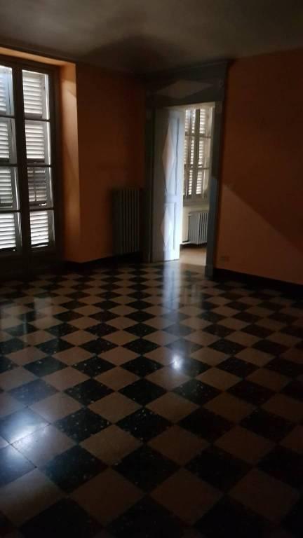 Foto 1 di Appartamento via Gualtieri, Saluzzo