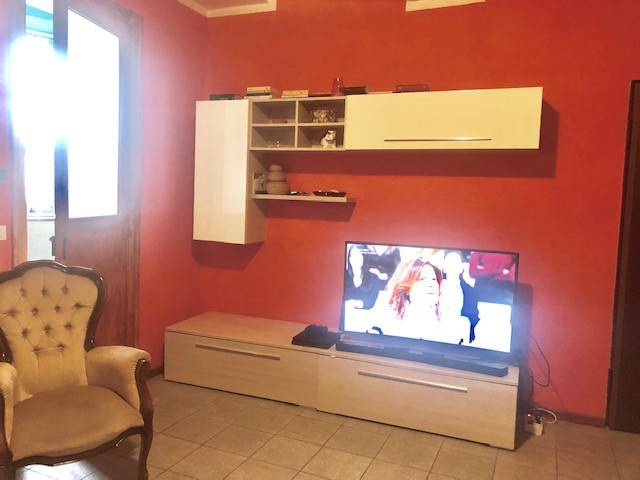 Appartamento in buone condizioni arredato in affitto Rif. 9334868